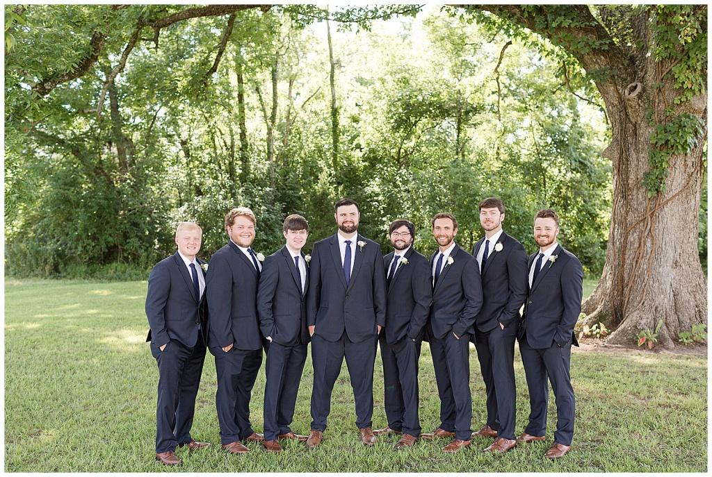 groom and groomsmen insiration