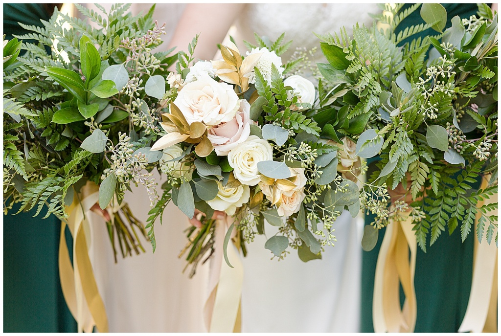 green and gold bridal bouquet